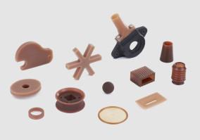 QUADRIGA Poyurethane und mehr - Verarbeitung von Kunststoffen zu Gieß- und Formteilen