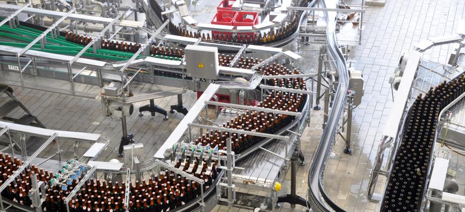 QUADRIGA Polyurethan-Produkte werden, unter anderem, als Abstreifer, Dämpfungs- und Anschlagselemente, Membranen, Vakuumsauger und Schwingungsdämpfer im Maschinen- und Anlagenbau eingesetzt.